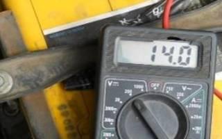 Сколько должен выдавать генератор ваз 2110
